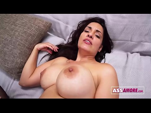Sophia Leon Busty Milf Cheating With Stepson
